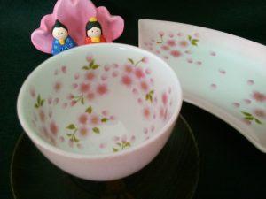 桜柄の湯のみ